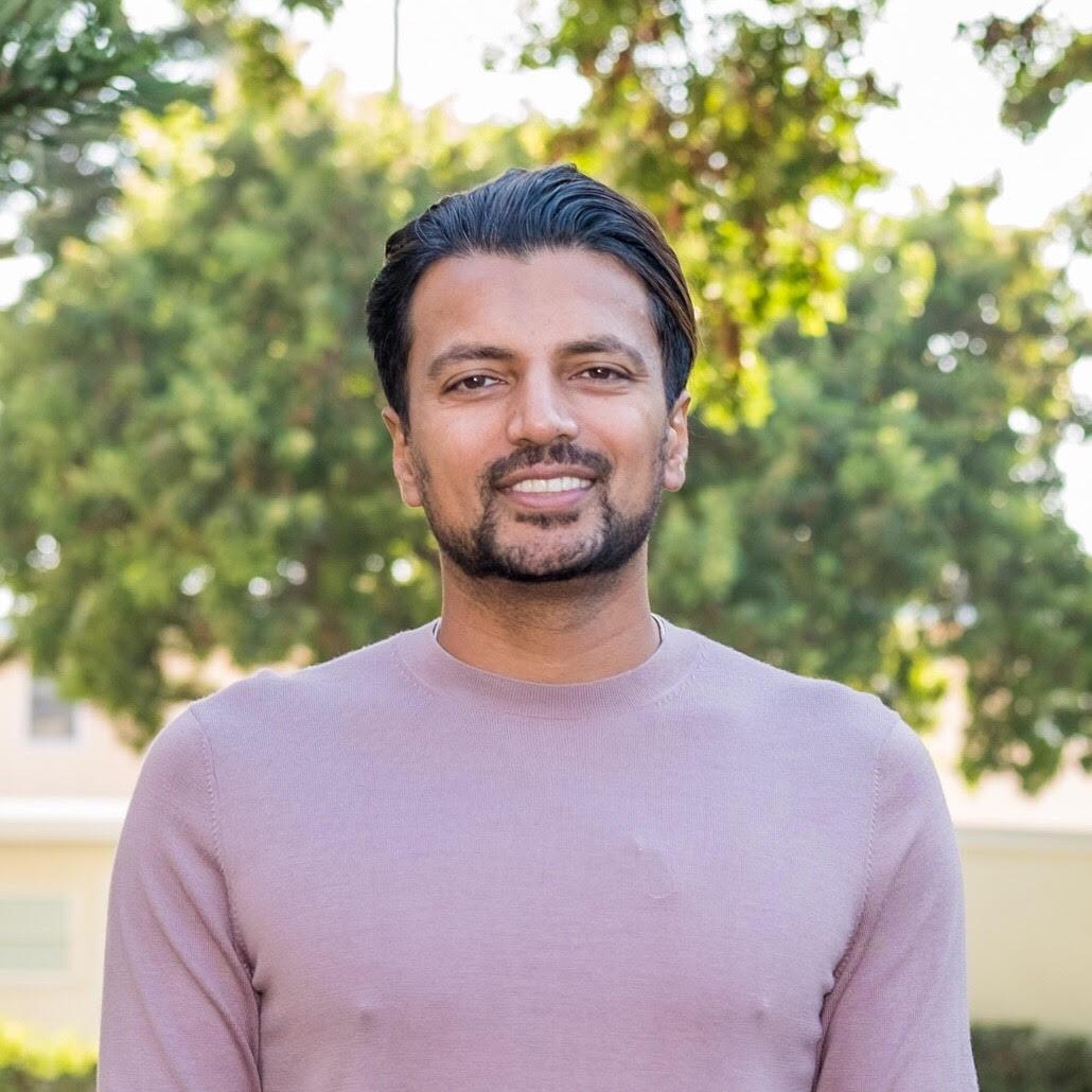 Khizer Khaderi